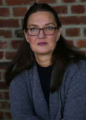 Frau Monika Hübel