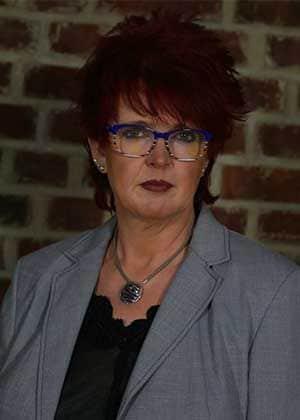 Geschäftsführerin Frau Gabriele Baumfalk